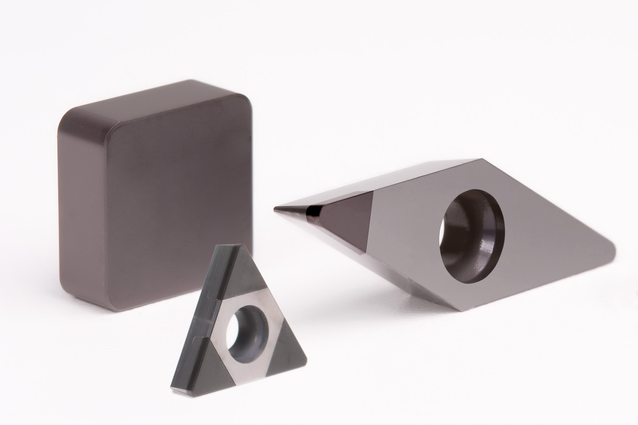 A selection of PcBN-tipped indexable inserts from MAPAL.