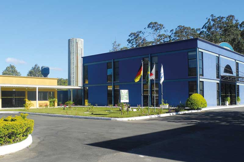 The picture shows the headquarters of MAPAL do Brasil.